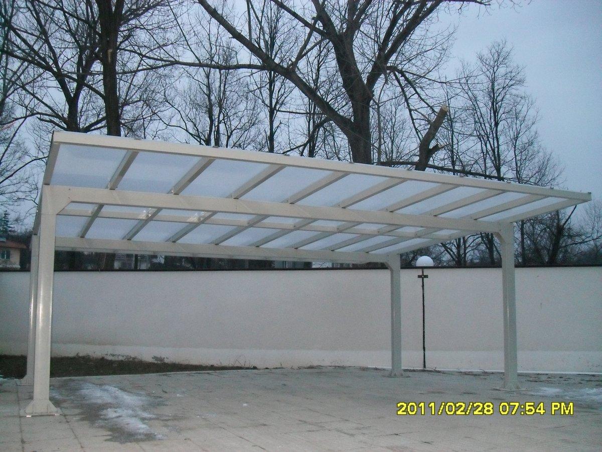 Метална конструкция с поликарбонат